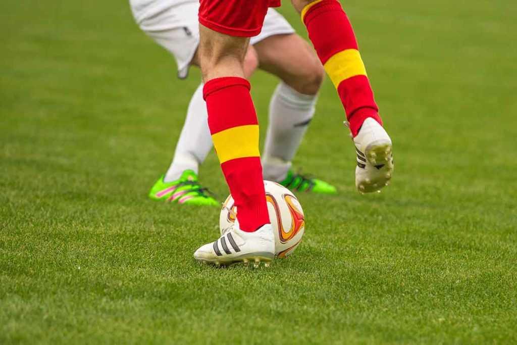 Fußball Stutzen Fußballsocken Fußballschuhe